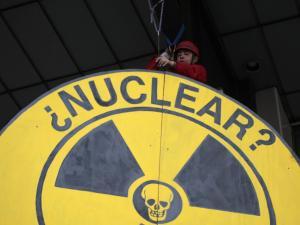 Greenpeace nuclear warning